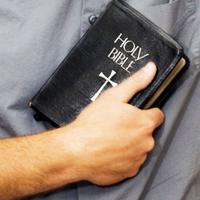 Perdre tout, mais posséder une Bible !